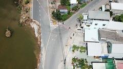 Video: Flycam toàn cảnh quốc lộ 91 sạt lở xuống sông Hậu