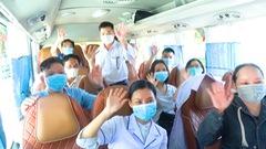 Video: 40 điều dưỡng, bác sĩ Huế vào tuyến đầu chống dịch ở Đà Nẵng