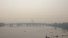 Video: TP.HCM sương mù dày đặc từ sáng tới trưa
