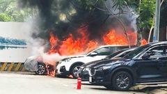 Video: Nghi vợ ngoại tình với cấp trên, người đàn ông đốt ô tô để trả thù