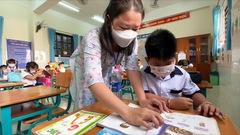 Video: Học sinh xã đảo Thạnh An ngày đầu đến trường sau hơn 1 tháng khai giảng