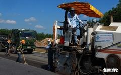 Bóc tách sâu 8cm vá cao tốc Đà Nẵng - Quảng Ngãi