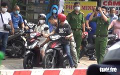 Dựng hiện trường vụ giật túi xách rồi tông xe khiến 2 người tử vong