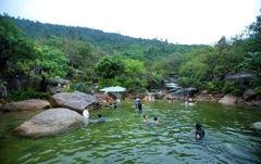 Trải nghiệm tuyệt vời tại Núi Thần Tài với 240.000 đồng