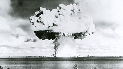 Ông Trump đáp trả đe dọa thử bom H ở Thái Bình Dương của Triều Tiên