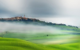 Vẻ đẹp quyến rũ của 'trái tim nước Ý'