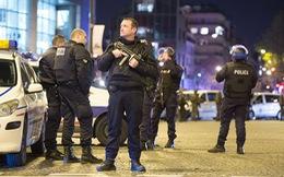 Đi chơi đụng khủng bố phải làm gì để thoát thân?