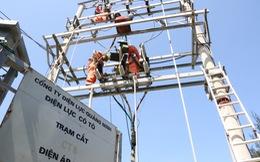 Sét đánh hỏng đường dây 22 kV, toàn huyện đảo Cô Tô mất điện