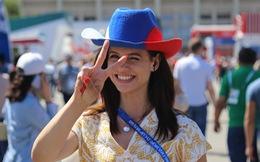 Quá xinh đẹp, nhiều nữ phóng viên khó tác nghiệp ở World Cup 2018