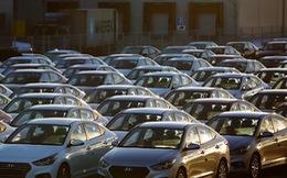 Thế giới xe nín thở khi Donald Trump định tăng thuế ôtô lên 20%