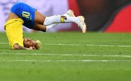 Vì sao Neymar mang vớ rách thi đấu tại World Cup?