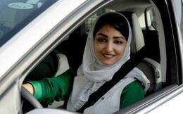 Phụ nữ Ả rập Saudi lần đầu được lái xe ô tô