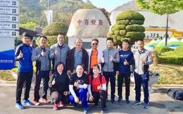 HLV Park Hang Seo thăm xạ thủ Hoàng Xuân Vinh