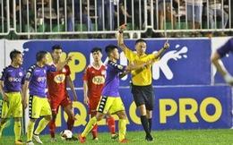 Hà Nội FC bị phạt nặng sau sự cố ở sân Pleiku