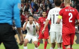Video cầu thủ Hàn Quốc bỏ lỡ cơ hội ghi bàn khó tin
