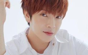 Hàn Quốc chính thức xác nhận Yoon Hak là sao Hàn đầu tiên mắc COVID-19