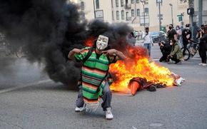 Những thành phần nào đang kích động biểu tình bạo lực ở Mỹ?
