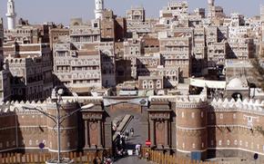 Quặn lòng với thành phố cổ ngàn năm tuổi hư hại nặng vì mưa