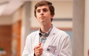 'Bác sĩ thiên tài': Nghị lực phi thường của một bác sĩ tự kỷ