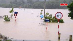 Mưa lớn gây ngập lụt nhiều nơi