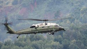 Cận cảnh trực thăng Marine One thử sức ở Đà Nẵng