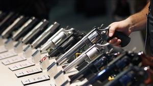 Ở Nevada mua súng dễ hơn mua rau