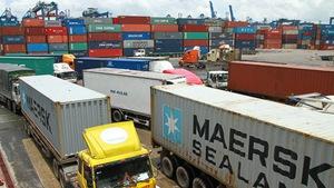 Tạm giam một công chức hải quan vụ 'mất tích' hơn 200 container