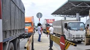 Tiền lẻ lan tới trạm thu phí BOT Ninh An, Khánh Hòa