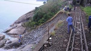 Thông đường sắt Bắc - Nam sau 10 ngày ách tắc