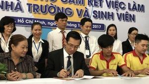 Trường ký hợp đồng đảm bảo việc làm cho sinh viên