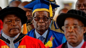 Ông Mugabe xuất hiện sau tin đồn đảo chính