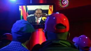 Người dân Zimbabwe thất vọng khi ông Mugabe không từ chức