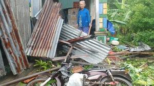 Hai thủy điện ở Phú Yên tăng xả lũ lên 5.000 mét khối một giây