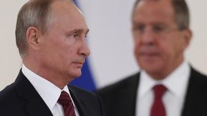 Ông Putin: Tôi chưa quyết định tranh cử
