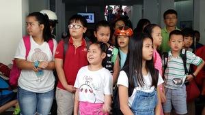 Người nước ngoài thấy nhiều người Việt học tiếng Anh chỉ để… thi!