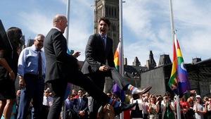 Vị thủ tướng Canada điển trai và chiêu 'ngoại giao vớ' độc đáo