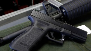Ở Mỹ chết vì súng đạn dễ như bỡn
