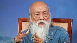 Thầy Văn Như Cương: 'Đừng vì muốn con hơn người mà hại con'