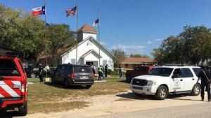 Xả súng trong nhà thờ ở Texas, khoảng 25 người thiệt mạng
