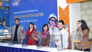 Hàng trăm giải thưởng hấp dẫn cho khách hàng gửi tiết kiệm tại VIB