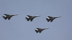 Trung Quốc tăng máy bay ra Biển Đông, đẩy mạnh tập trận tác chiến