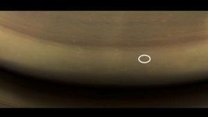 Hình ảnh cuối cùng tàu Cassini gửi trước khi 'tự sát'