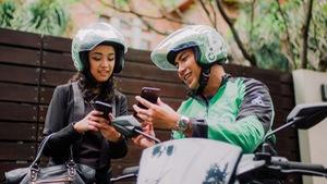 Grab thâu tóm Uber, Go-Jek sẽ thừa cơ thế chỗ?