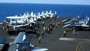 Mỹ - Trung tập trận ghè nhau trên Biển Đông