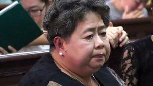 Triệu tập hàng trăm người tới phiên tòa xử bà Hứa Thị Phấn