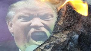 Nhiều nơi đốt cờ Mỹ sau không kích Syria
