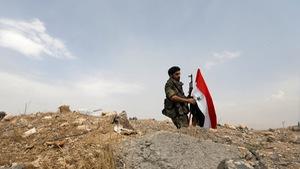 Syria tố hàng loạt căn cứ quân sự bị tên lửa 'kẻ thù' tấn công