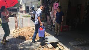Dân Sài Gòn khổ sở vì cúp nước đột ngột cả ngày