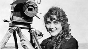 Người phụ nữ đầu tiên làm phim và góc khuất 'nữ quyền' của Cannes