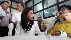 Lãnh đạo TP.HCM thăm hỏi nạn nhân bị cổng chào sập trúng đầu